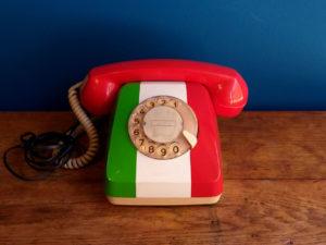 Retro Τηλέφωνο Στα Χρώματα Της Ιταλικής Σημαίας