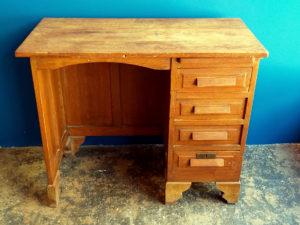 Ξύλινο Vintage Γραφείο