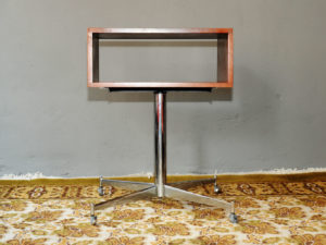 Space Age TV Stand/Base, Interier Praha Style