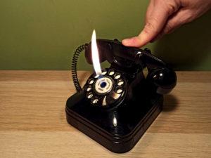 Retro Αναπτήρας Σε Μορφή Κλασσικού Τηλεφώνου