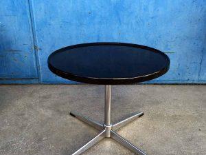 Μαύρο Mid Century Στρογγυλό Τραπέζι Καθιστικού Με Inox Πόδι