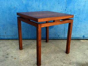 Mid Century Modern Τετράγωνο Vintage Βοηθητικό Τραπέζι Τικ Scandinavian Design