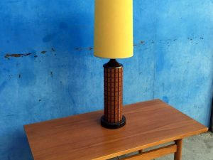 Restored Mid Century Table Lamp With Wooden Body And Unique Hat